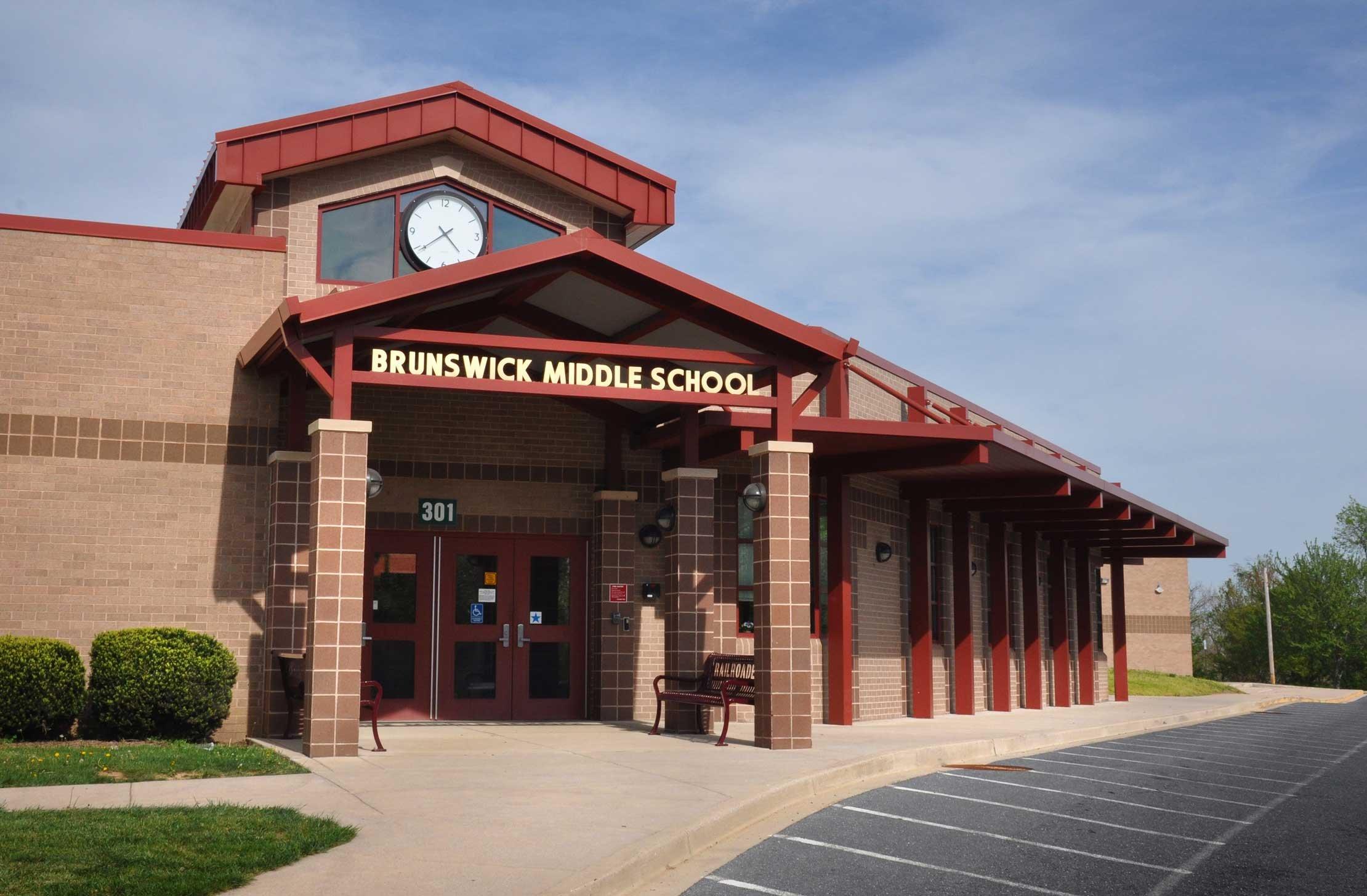 Brunswick_Middle_School_DSC_0389B.jpg